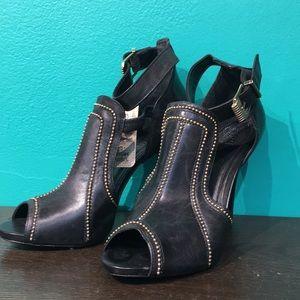 SCHUTZ Shoes - NWT Schutz heels